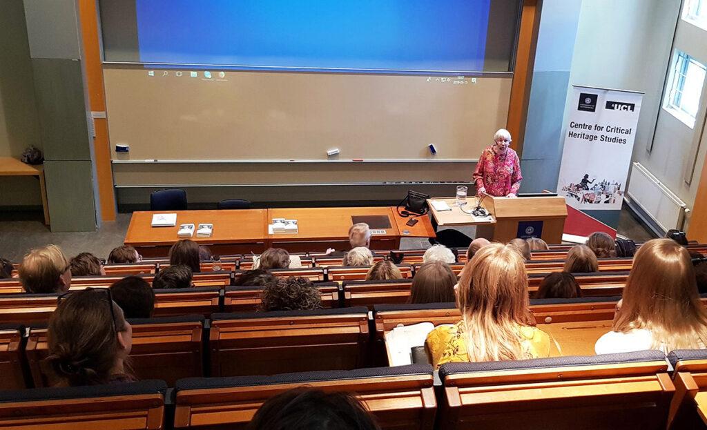 Gunnel Bergstrand föreläser